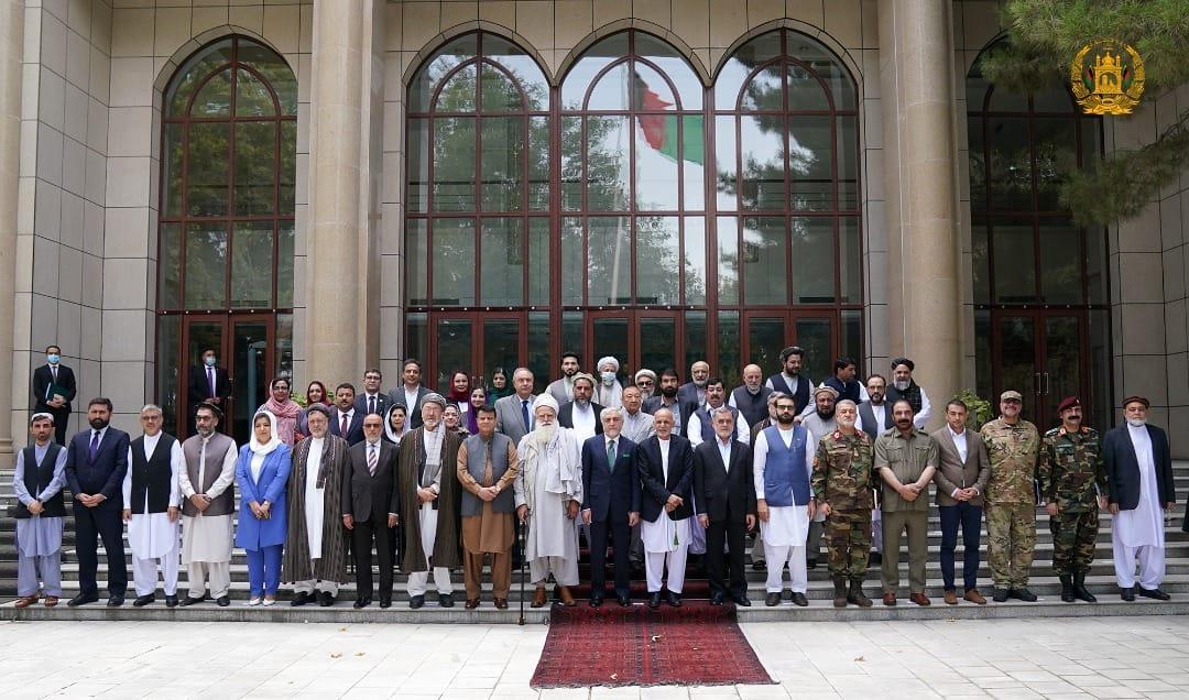 سهركرده سیاسی و سهربازییهكان له كۆشكهكانهوه ئاگایان له خهڵكی ئهفغان نهمابوو